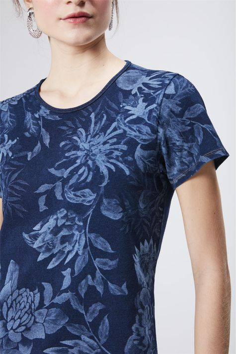 Camiseta-Indigo-Estampada-Feminina-Detalhe--