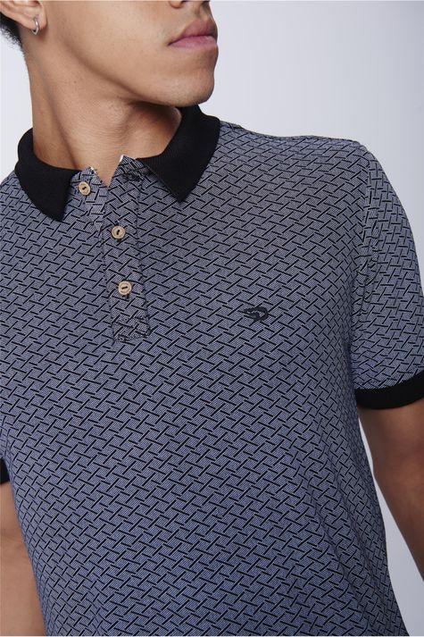 Camisa-Gola-Polo-Estampa-Geometrica-Detalhe--