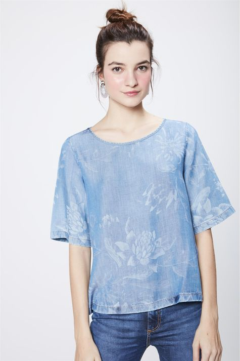 Blusa-Jeans-com-Estampa-Floral-Feminina-Frente--