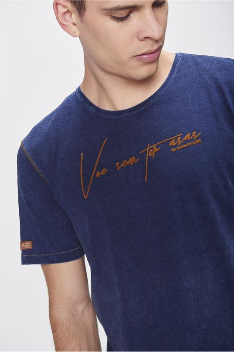 Camiseta-Estampa-Voar-Masculina-Detalhe--