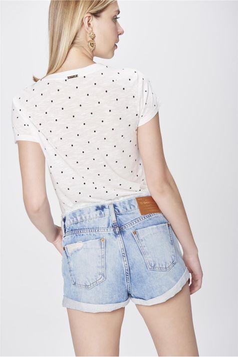 Short-Jeans-com-Cos-Desfiado-Costas--