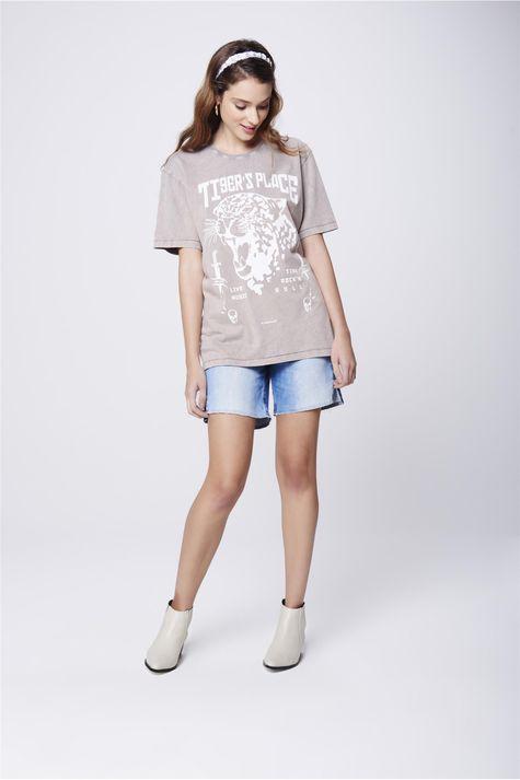 Camiseta-Tingida-Estampada-Unissex-Detalhe-1--