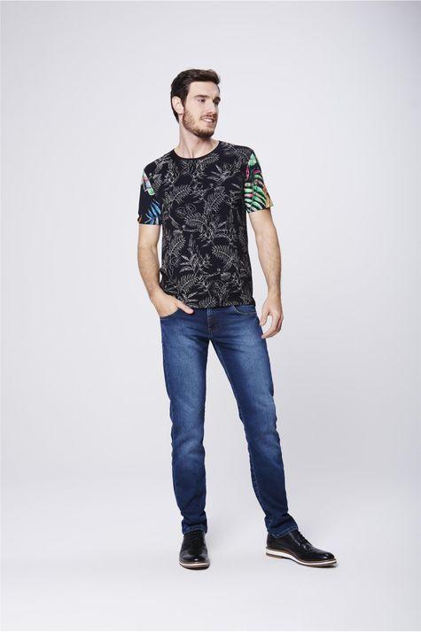 Camiseta-Fit-Estampada-Unissex-Detalhe-1--