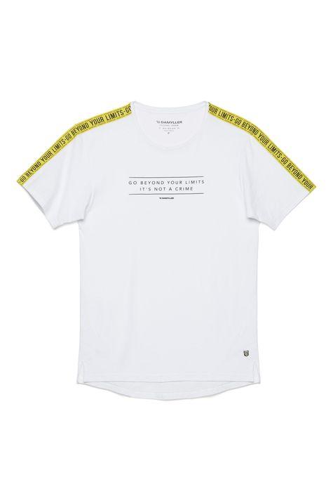 Camiseta-com-Faixas-nas-Mangas-Detalhe-Still--