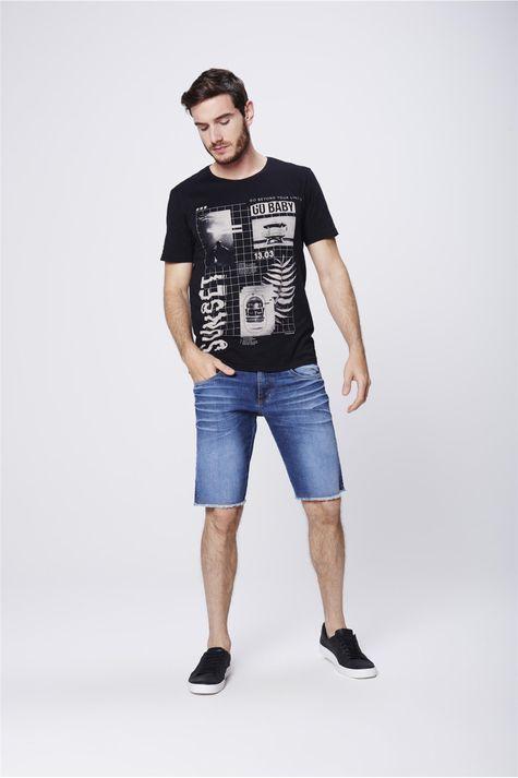 Camiseta-com-Estampa-Frontal-Masculina-Detalhe-1--