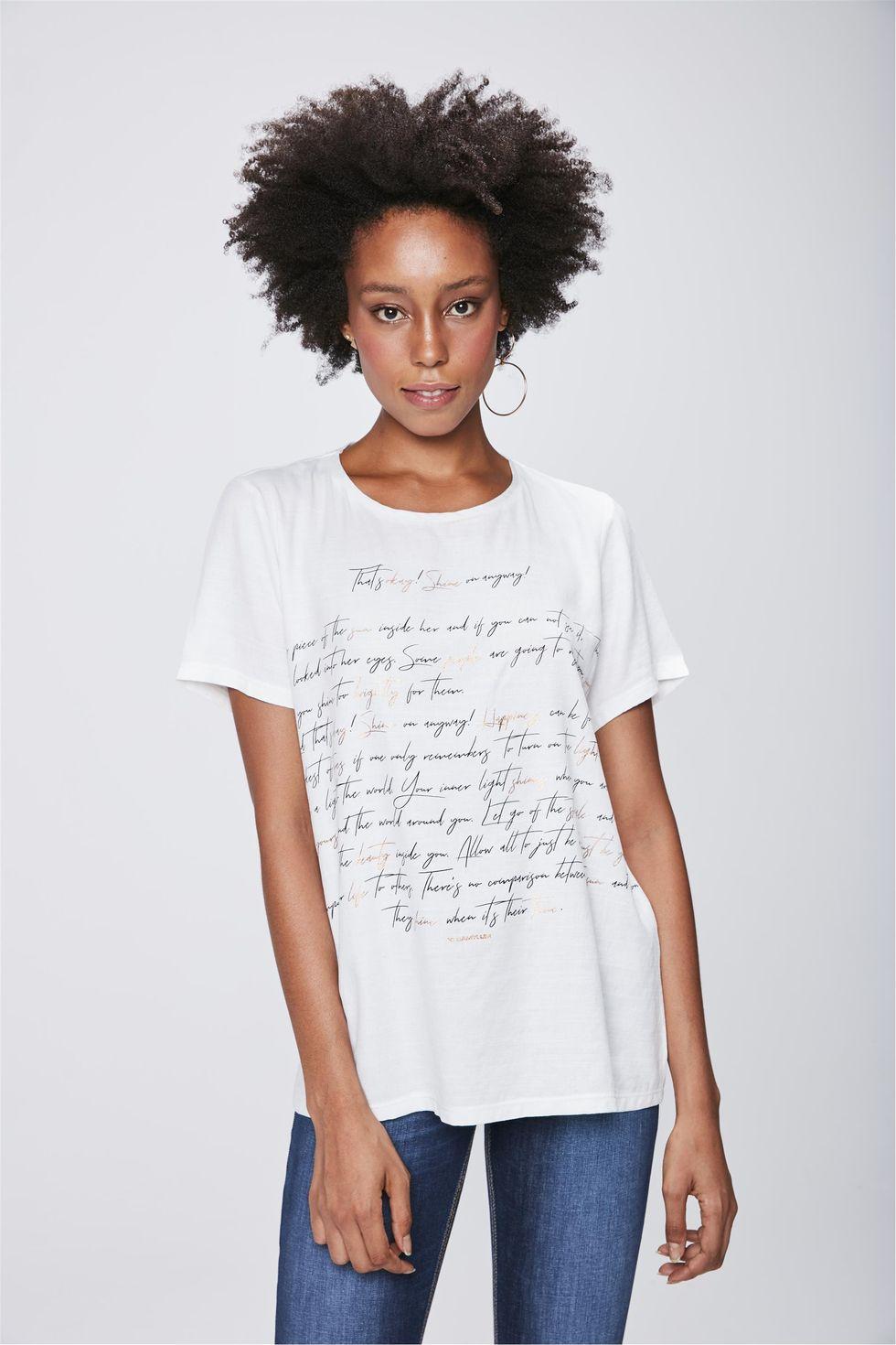 Camiseta-Feminina-com-Detalhe-Metalizado-Frente--