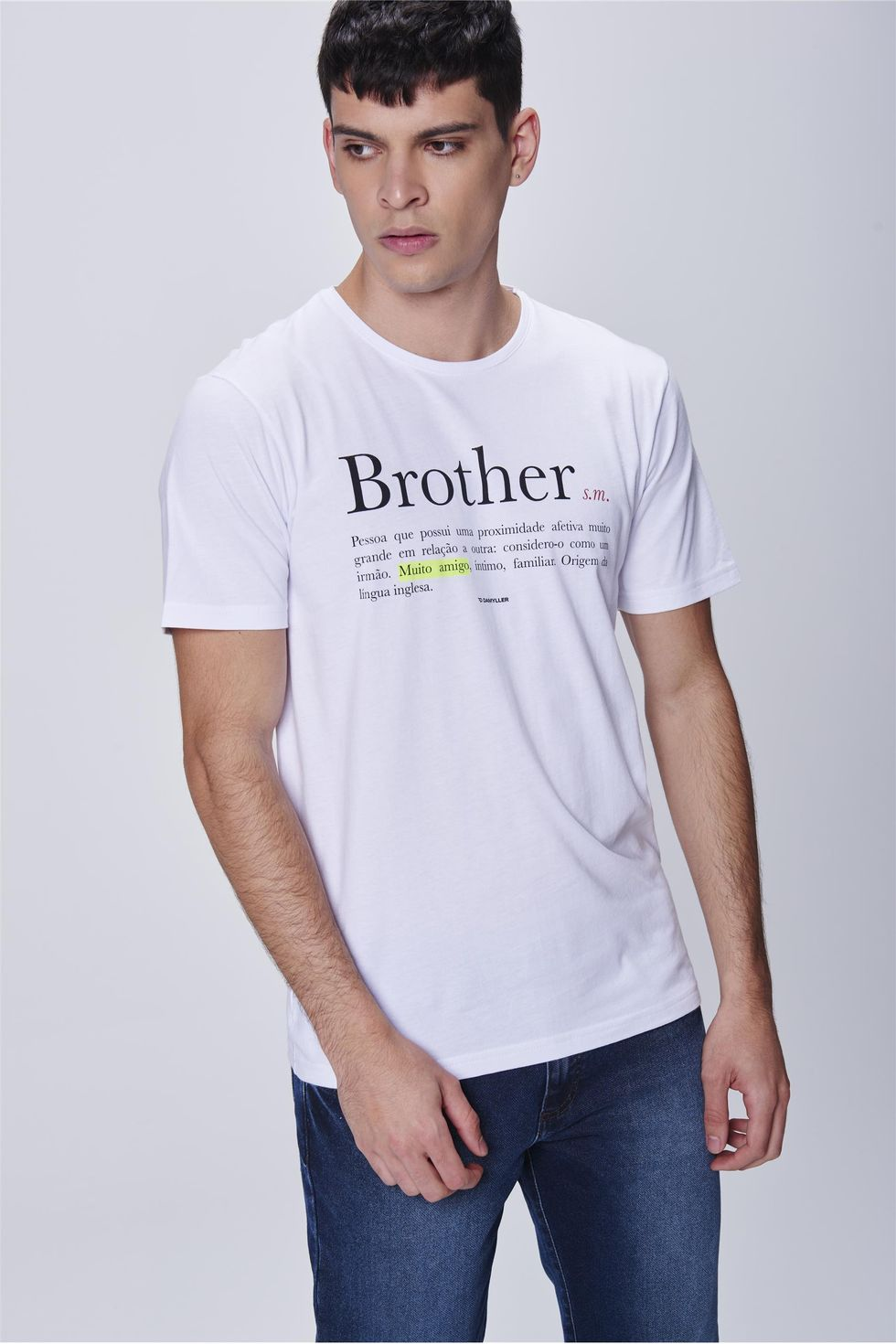 Camiseta-Estampa-Brother-Masculina-Frente--