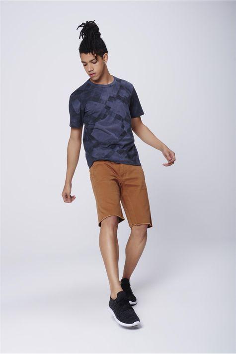Camiseta-Masculina-Estampa-Geometrica-Detalhe-1--