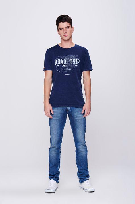 Camiseta-Estampa-Road-Trip-Masculina-Detalhe-1--