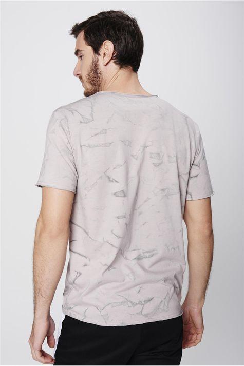 Camiseta-Destroyed-Estampada-Masculina-Costas--