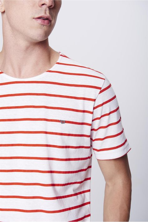 Camiseta-Basica-Listrada-Masculina-Detalhe--