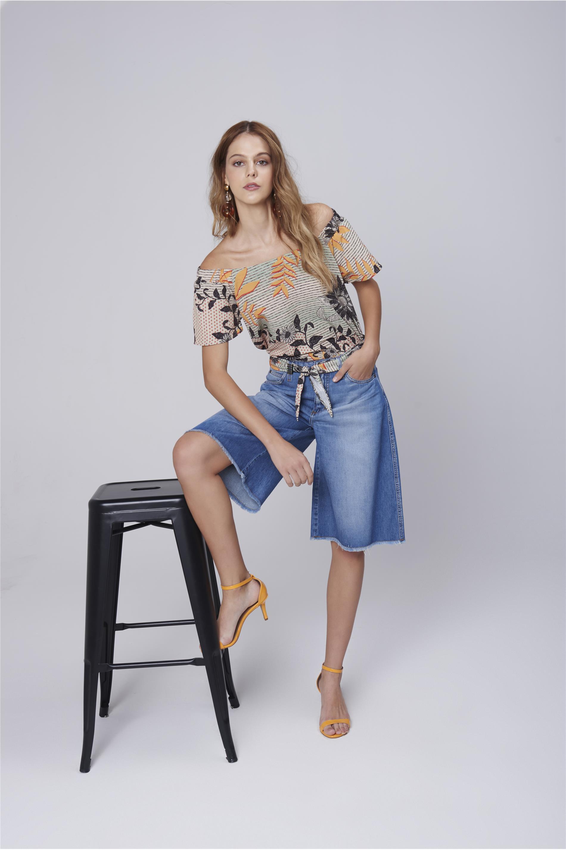 5b28bb8d5 Bermuda Feminina Jeans Cinto de Lenço - Damyller