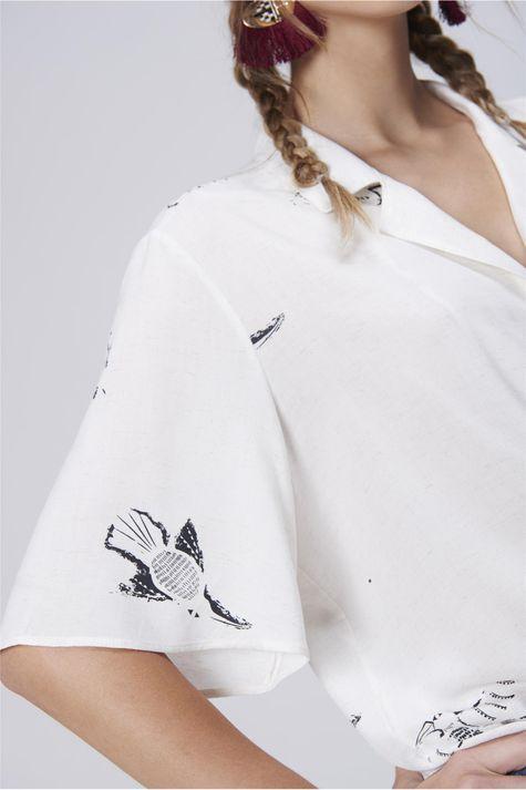 Camisa-Feminina-com-Amarracao-Detalhe--