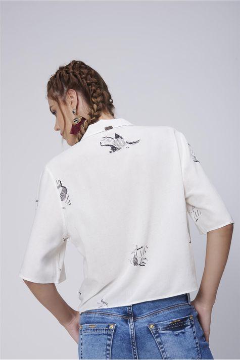 Camisa-Feminina-com-Amarracao-Costas--