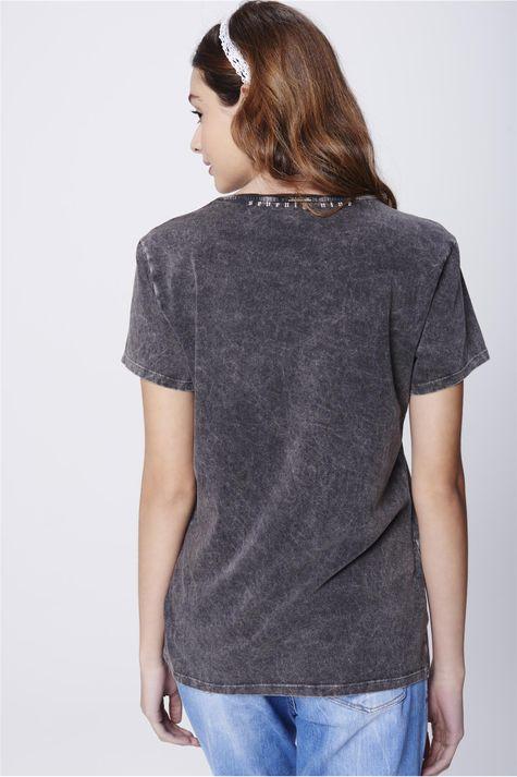Camiseta-Estampa-Predator-Feminina-Costas--