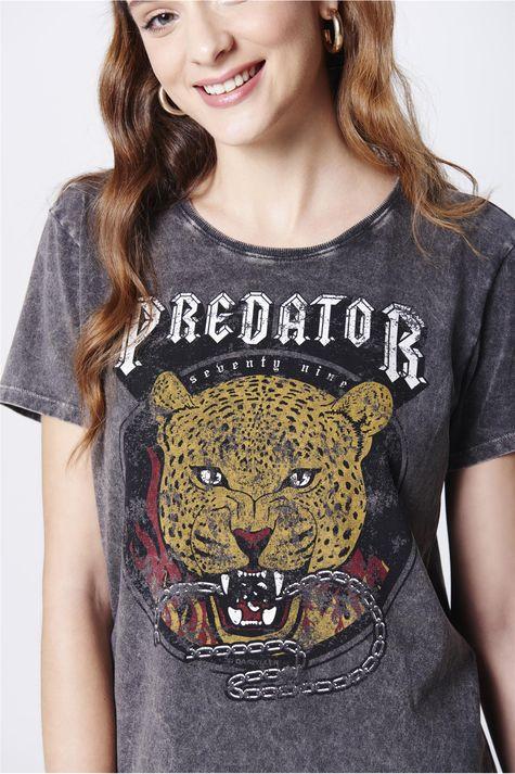 Camiseta-Estampa-Predator-Feminina-Detalhe--