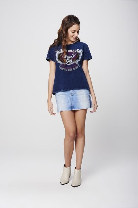 Camiseta-Denim-Estampa-Wings-Feminina-Detalhe-1--