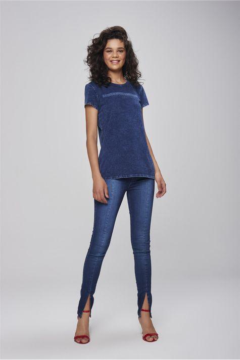 Camiseta-de-Malha-Denim-Feminina-Detalhe-1--