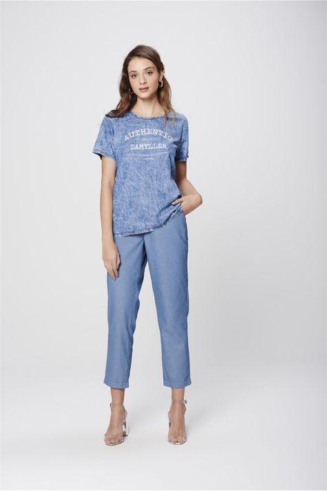 Camiseta-Jeans-Estampada-Feminina-Detalhe-1--
