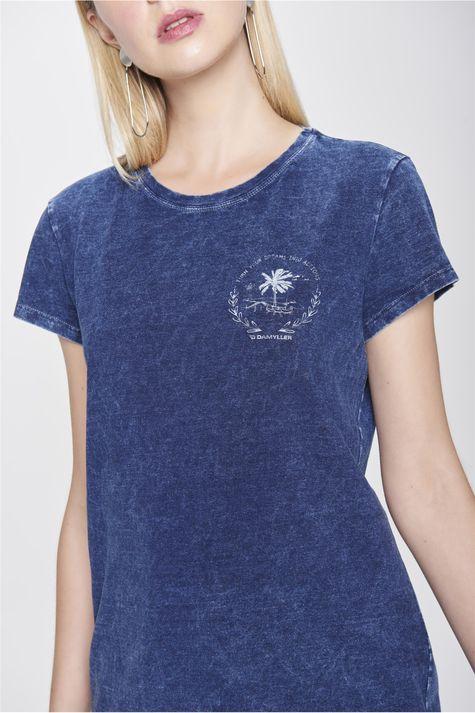 Camiseta-de-Malha-Denim-Feminina-Detalhe--