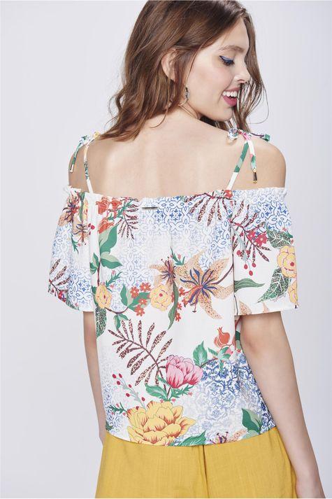Blusa-de-Estampa-Floral-Feminina-Costas--