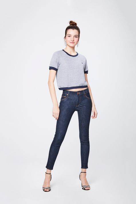 Camiseta-Cropped-College-Feminina-Detalhe-1--