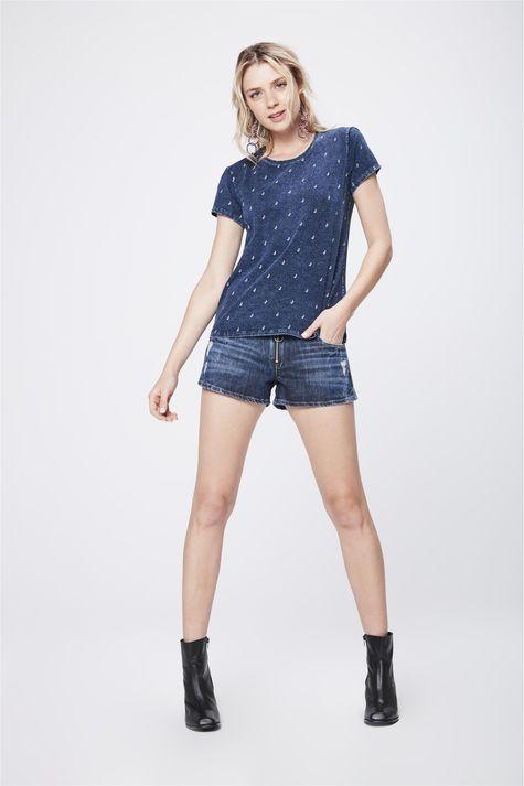 Camiseta-de-Malha-Denim-Estampada-Detalhe-1--
