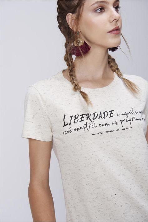 Camiseta-Feminina-Basica-Detalhe--