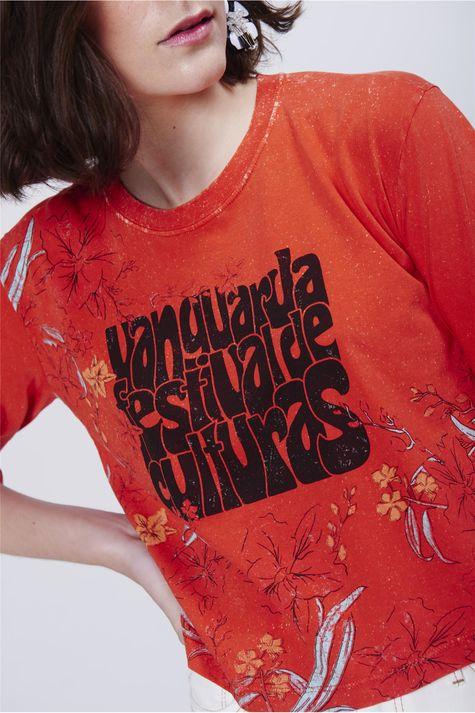 Camiseta-Feminina-Cropped-Estampada-Detalhe--