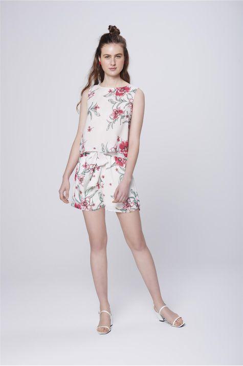 Blusa-Estampa-Floral-Decote-com-Babados-Detalhe-1--