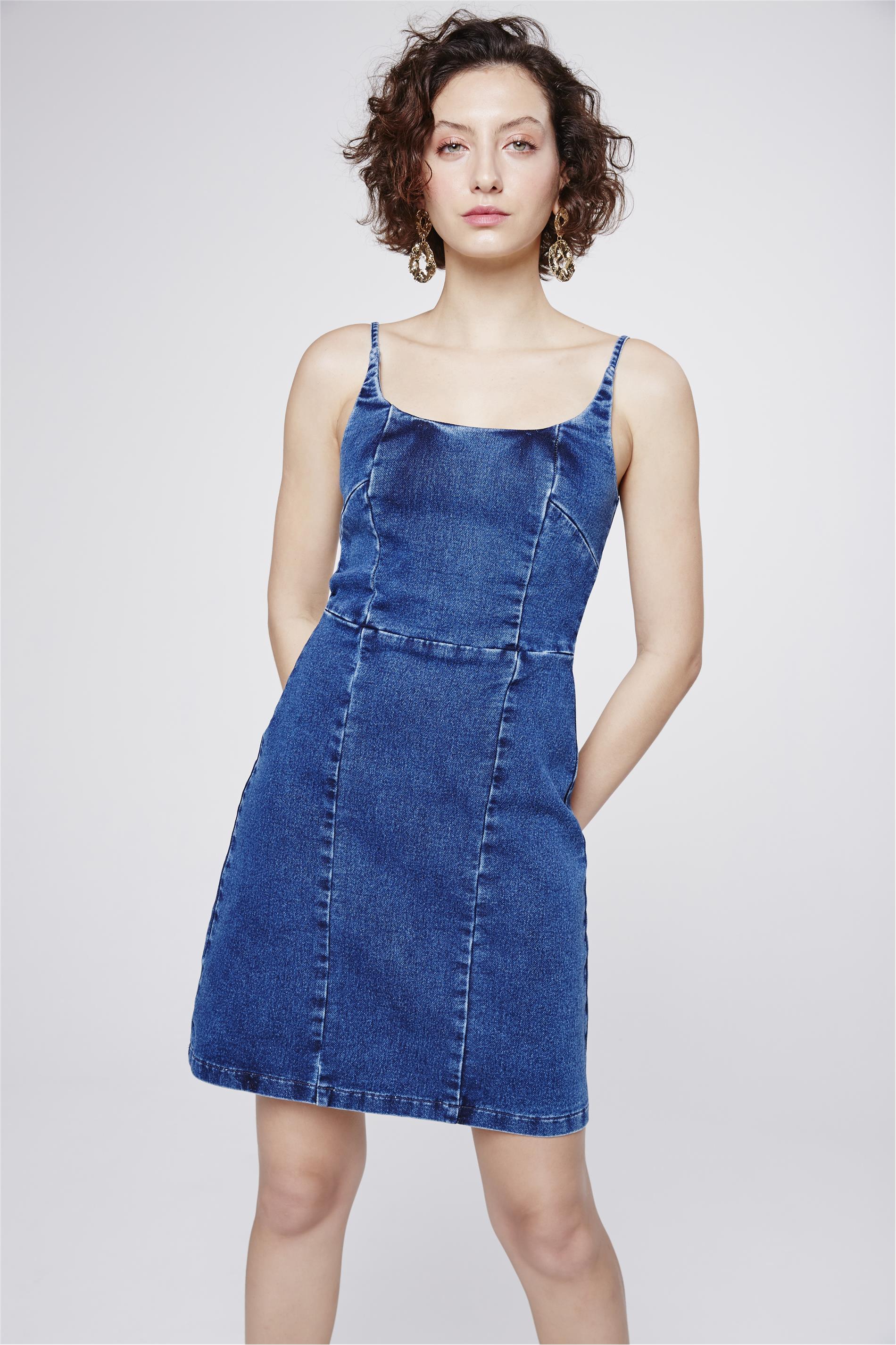 e15ab4616 Vestido Jeans com Recortes - Damyller