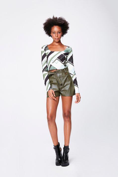 Shorts-Verde-Militar-Resinado-Detalhe-1--