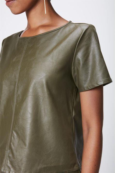 Blusa-Verde-Resinada-Feminina-Detalhe--