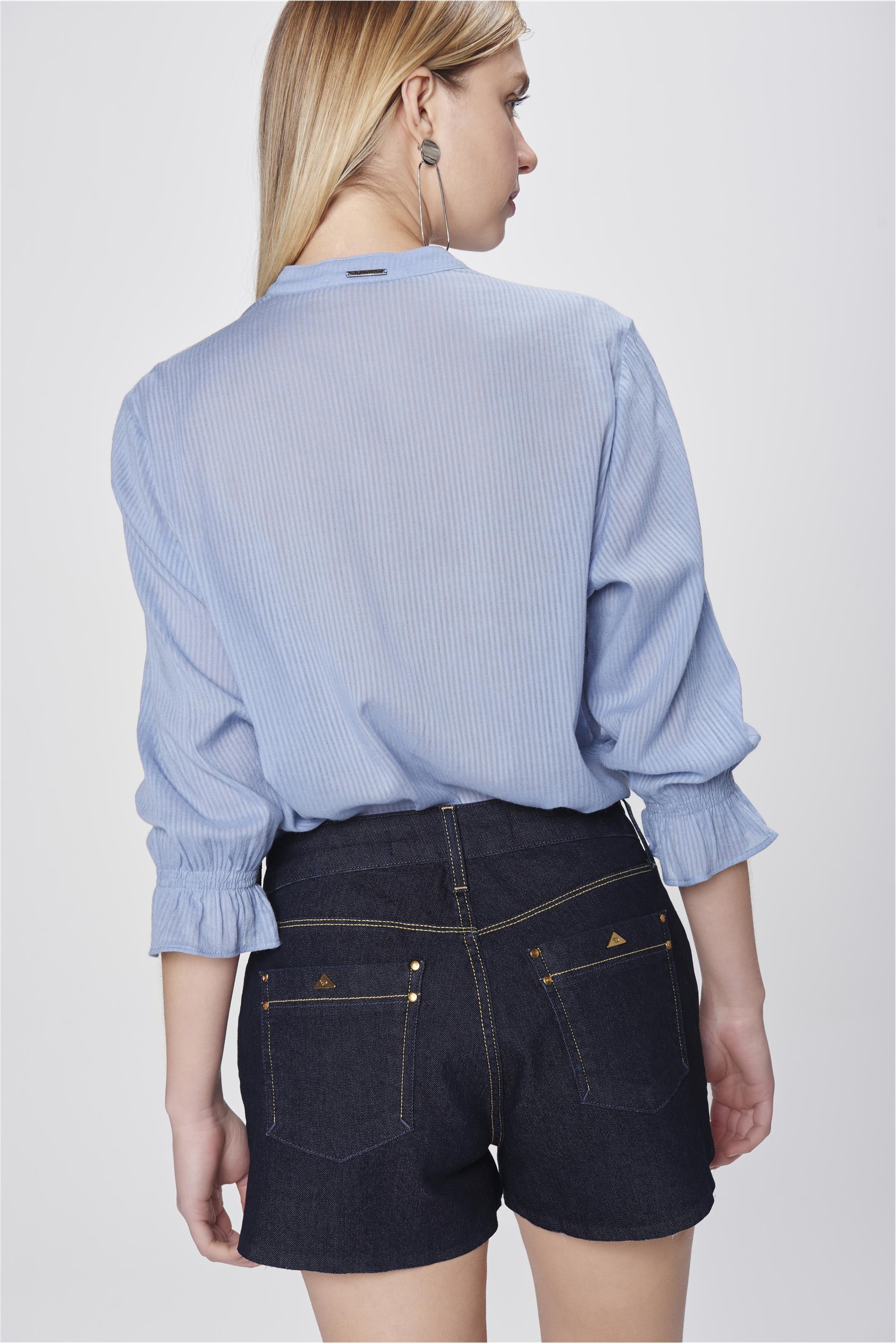 201c77413 Short Jeans com Barra Assimétrica - Damyller