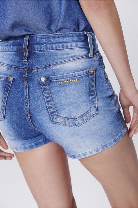 Short-Jeans-Justo-de-Cintura-Alta-Detalhe--