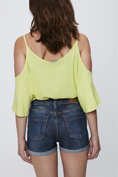 Short-Jeans-com-Cintura-Alta-Feminino-Costas--