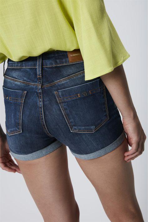 Short-Jeans-com-Cintura-Alta-Feminino-Detalhe--