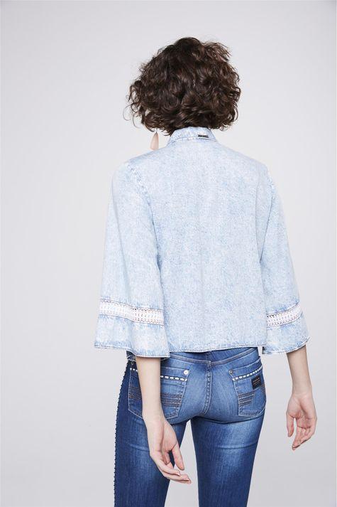 Camisa-Jeans-com-Amarracao-Feminina-Costas--