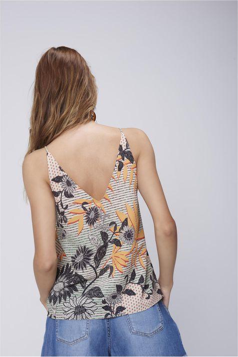 Blusa-Alca-Feminina-com-Detalhe-Decote-Frente--