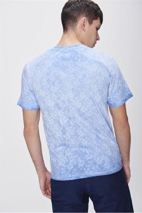 Camiseta-com-Estampa-Floral-Masculina-Costas--
