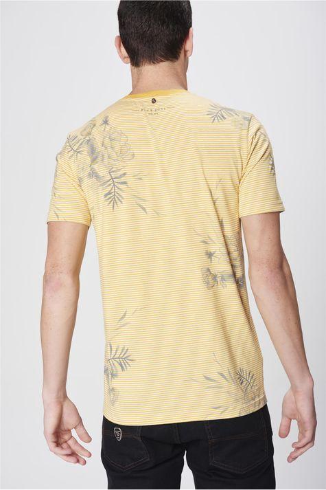 Camiseta-Listrada-com-Estampa-Floral-Costas--