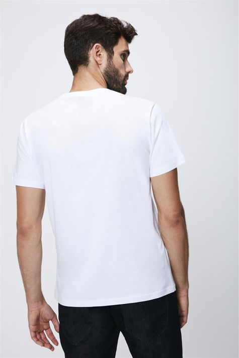 Camiseta-com-Estampa-Frontal-Masculina-Costas--