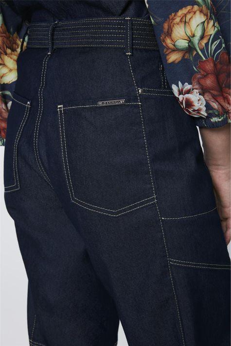 Calca-Jeans-Cargo-com-Cinto-Feminina-Detalhe-1--