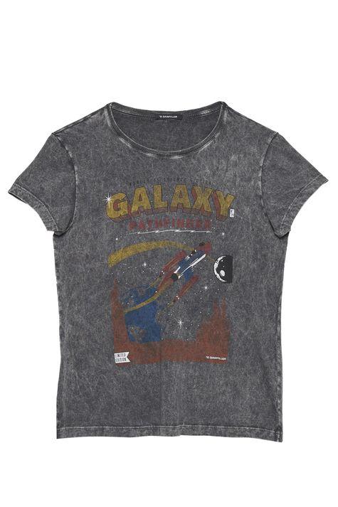 Camiseta-Estonada-Feminina-Detalhe-Still--