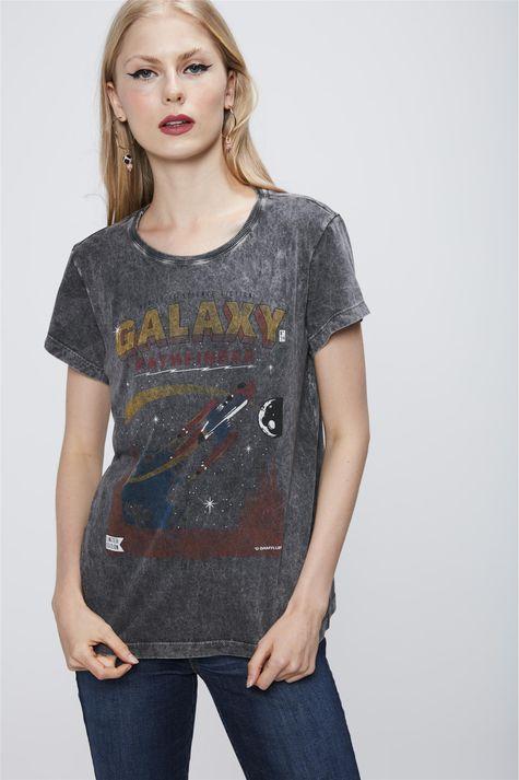 Camiseta-Estonada-Feminina-Frente--