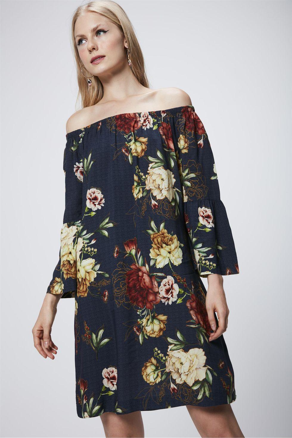 Vestido-Floral-com-Decote-Ombro-a-Ombro-Frente--