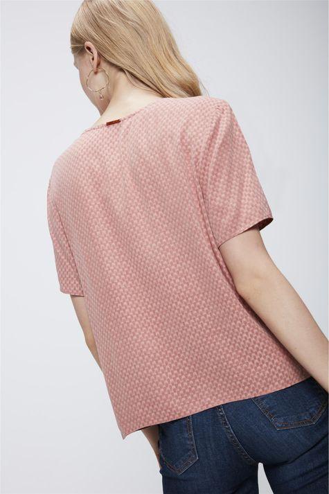 Camiseta-com-Decote-V-e-Textura-Feminina-Costas--