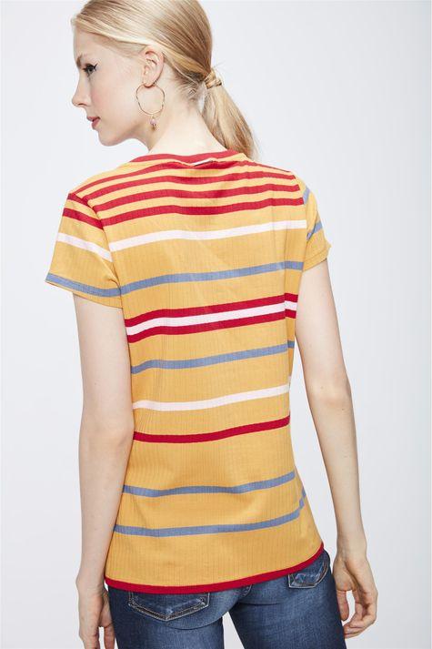 Camiseta-Listrada-Feminina-Costas--