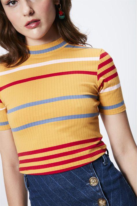Camiseta-Listrada-Cropped-Feminina-Detalhe--