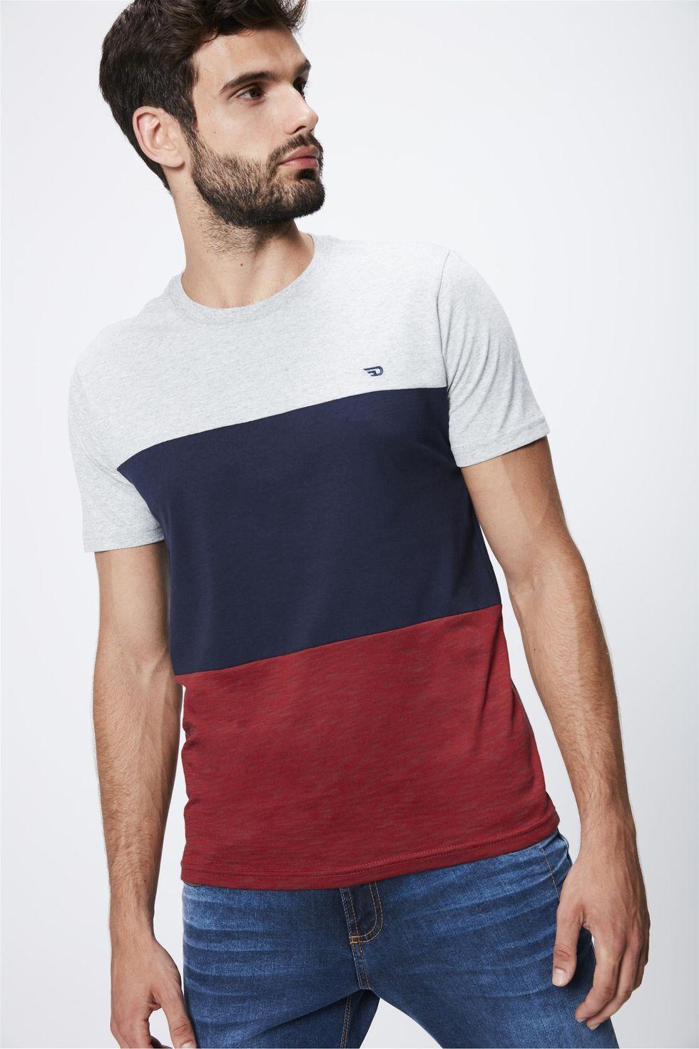 Camiseta-Colorida-Masculina-Frente--